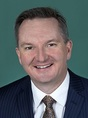 Photo of Chris Bowen